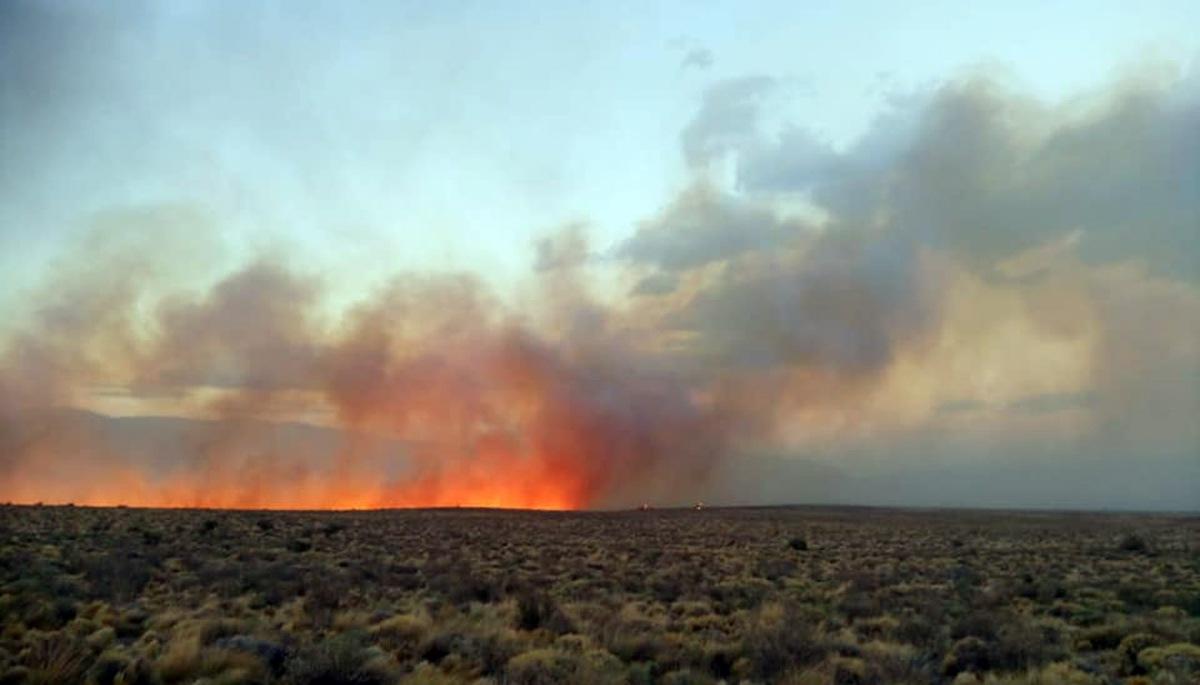 Incendio en cercanías de Trevelin ya consumió más de 5.300 hectáreas