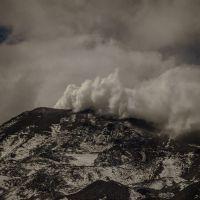 Explosiones en Nevados de Chillán: mantienen alerta naranja