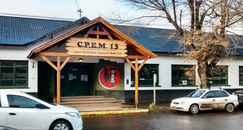 Escuela CPEM 13